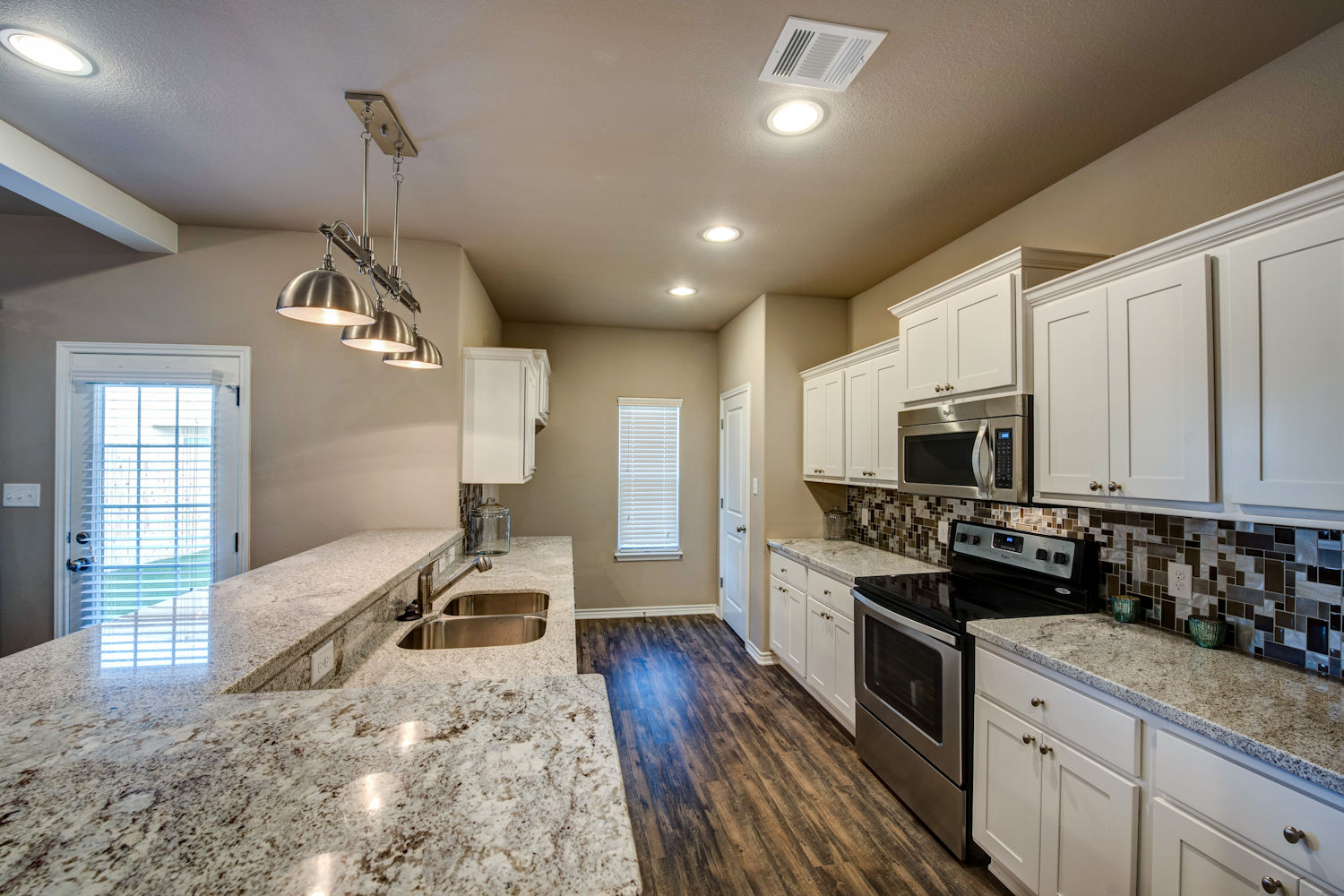 The Revelry Upscale Townhomes In College Station Tx